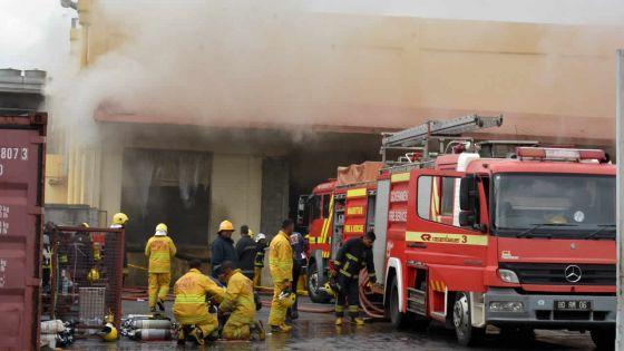 Enquête judiciaire sur l'incendie de Shoprite renvoyée au 10 janvier : les avocats du parquet en quête d'images CCTV