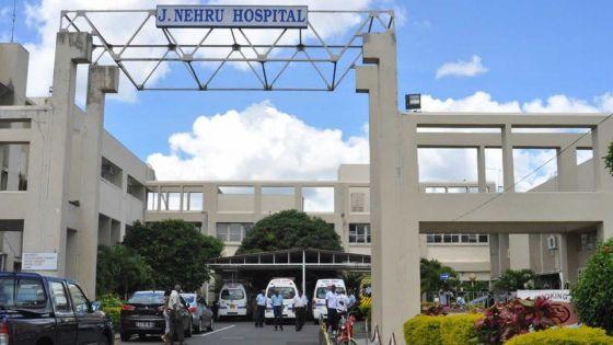 Un infirmier accusé d'avoir volé une boulette d'héroïne : interrogatoire de deux officiers de l'Adsu