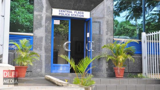 Un individu agresse un policier dans une station-service