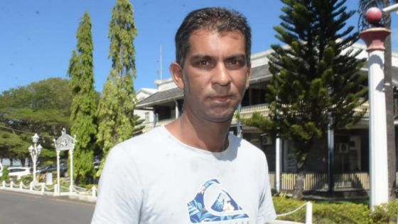Agression de l'internaute Fardeen Okeeb : Vivek Ramphul dénonce le trio Shibchurn-Budlorun-Fakhoo et un haut gradé de la police