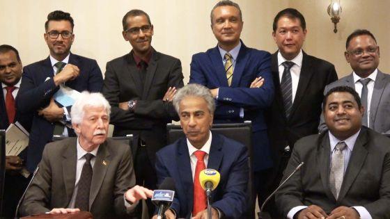 Après son expulsion : Solidarité de l'opposition avec Arvin Boolell