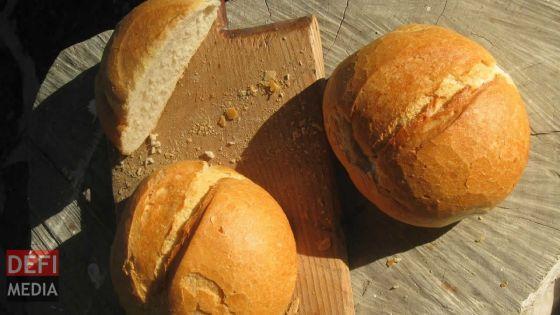 Le pain vendu le double de son prix dans le Sud
