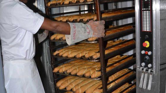 Confinement : des boulangeries opèrent malgré le mot d'ordre de l'Association des propriétaires de boulangeries