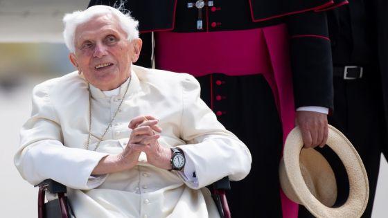 L'ancien pape Benoît XVI «extrêmement fragile»