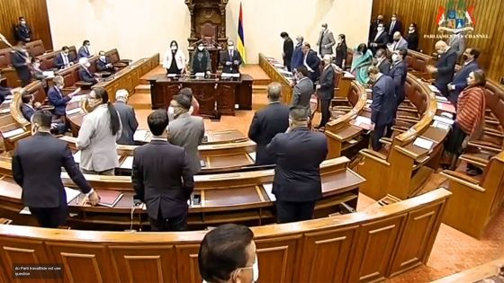 Finance Bill : suivez les interventions de Ganoo et du PM et le summing-up de Padayachy
