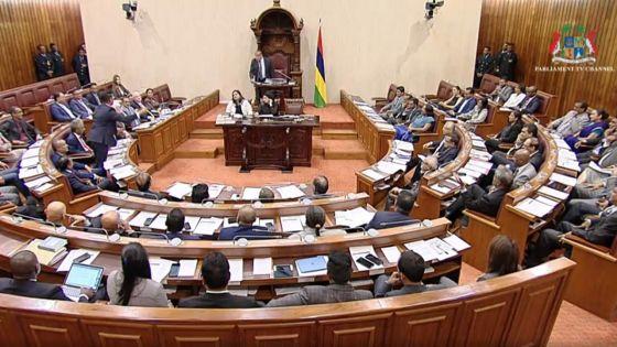Parlement : Arvin Boolell suspendu pour la prochaine séance