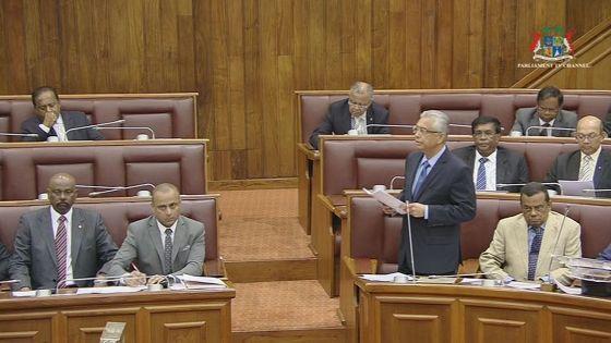 Parlement : quatre projets de loi débattus pour le Metro Express, suivez le live.