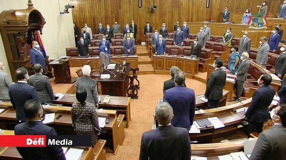 Au Cœur de l'Info : le parlement joue-t-il son rôle dans l'intérêt public ?