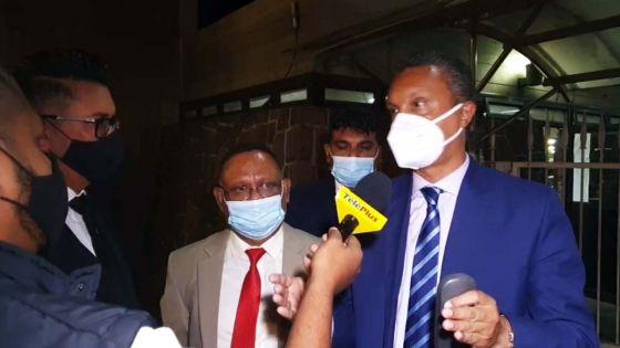 Affaire Betamax : incidents dans le « lunch room » du Parlement