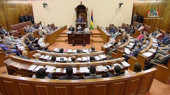 Covid-19 : le Parlement fermé jusqu'à nouvel ordre