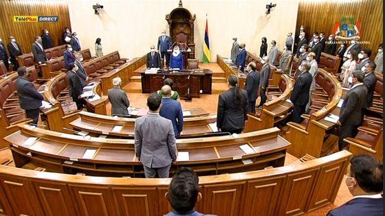 Parlement : suivez en direct la PNQ axée sur le décès de dix patients dialysés