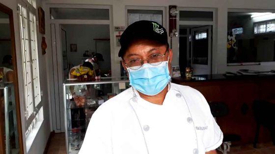 Déconfinement partiel : un pâtissier évoque ses difficultés