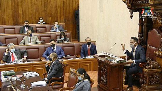 Parlement : Patrick Assirvaden expulsé par le Deputy Speaker