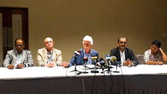 Bérenger : «Ni Pravind ni Navin, nous présenterons une alternative au poste de PM en temps et lieu»