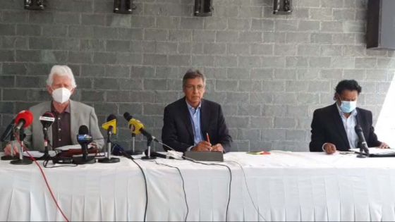 Suivez en direct la conférence de presse de Xavier-Luc Duval, Paul Bérenger et Nando Bodha
