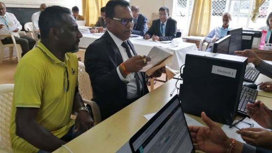 Nomination Day no 7 : «Construire un meilleur avenir», dit Raj Penthiah, candidat indépendant