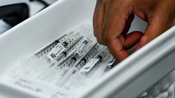 Covid-19 : une troisième dose du vaccin Pfizer «probablement» nécessaire
