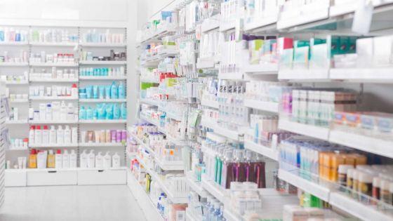 Permis d'opération à une pharmacie : un contrôle plus strict réclamé