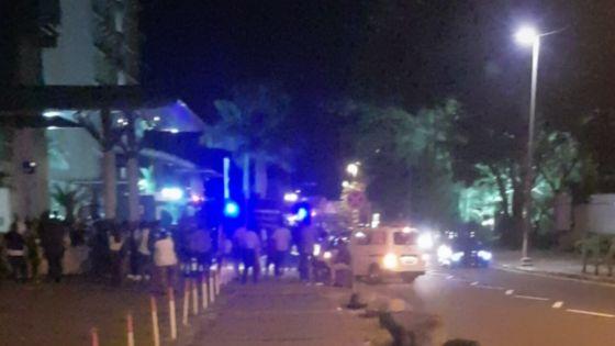 Bramer House, Ebène : le personnel évacué après qu'une épaisse fumée noire s'est dégagée d'un générateur