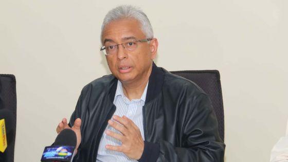 Wakashio : «250 tonnes métriques d'huile lourde déjà pompées», indique Pravind Jugnauth