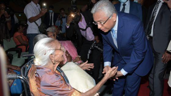 Journée des personnes âgées : «Un centre récréatif à Riambel, au coût de Rs 220 M, prêt d'ici fin 2020 », selon le PM