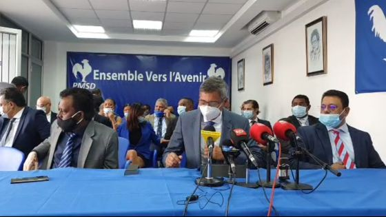 [Live] Suivez la première conférence de presse du nouveau leader de l'Opposition, Xavier-Luc Duval