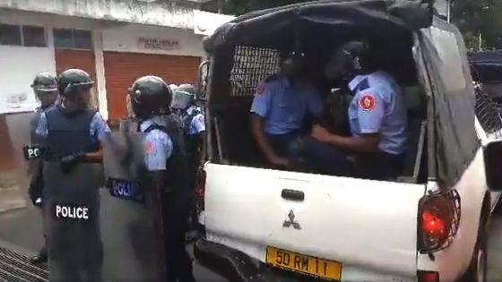 Sainte-Croix : des projectiles lancés sur des véhicules de police après une opération de l'ADSU