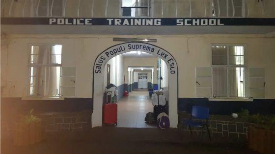 Quarantaine : face à un mouvement de colère à la Police Training School de Vacoas, de nouveaux arrivés reconduits ailleurs
