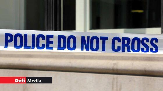 Trois hommes recherchés pour un hold-up et un vol