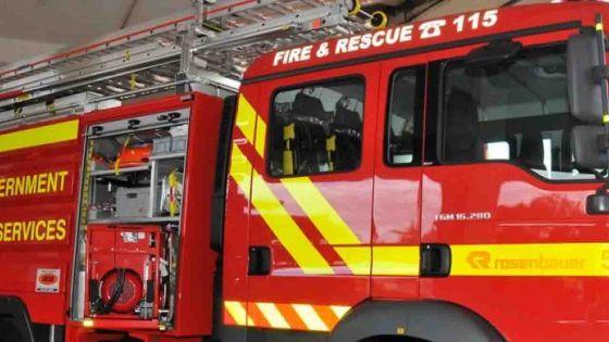 Incendie dans une usine à Baie-du-Tombeau
