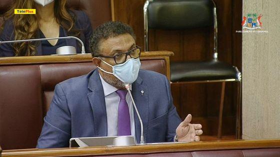 Parlement : Franco Quirin suspendu pour les deux prochaines séances, Vikash Nuckchady expulsé