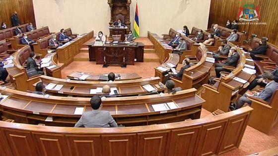 Débats budgétaires : un commentaire de Jagutpal sur le trafic d'armes enflamme l'hémicycle
