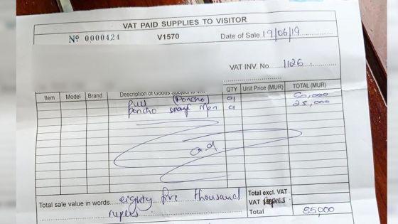 La mésaventure d'un touriste saoudien à Maurice : il paie Rs 85 000 pour deux ponchos