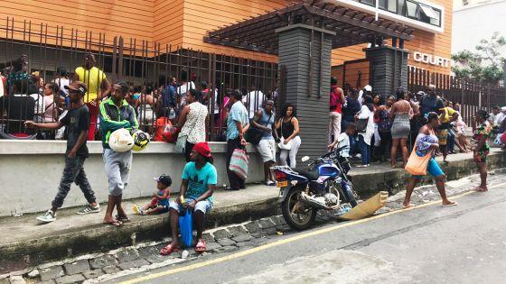 Indemnités intempéries : l'Astor Court pris d'assaut par des familles sinistrées