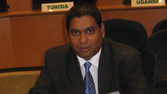 Government Information Service : Rudy Veeramundar aux commandes