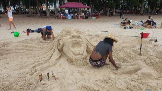 [En images] Compétition de Sand Sculpture à Flic-en-Flac