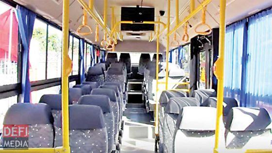 Réouverture des supermarchés : les autobus doivent être désinfectés