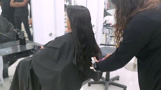 Initiative citoyenne pour le littoral : Sasha The School  coupe gratuitement vos cheveux et les remet aux sauveteurs