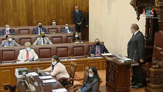 Parlement : la députée Stéphanie Anquetil expulsée lors de l'intervention de la ministre Koonjoo-Shah