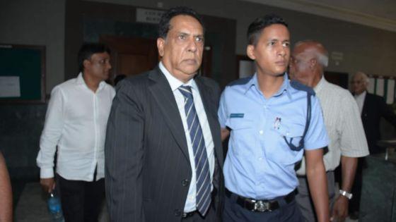 Neuf mois de prison à Chady et Maunthrooa dans l'affaire Boskalis : «Nou pou fer ene deman chef juge pou ki ekout sa lapel la plus tôt possib», dit Me Toorbuth avocat de Siddick Chady