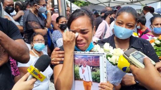 Funérailles de Lin : « Tou so soufrans inn fini » confie sa femme en pleurs