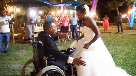 Un mariage réalisé en 48 heures : le rêve de Danilo, paraplégique, exaucé