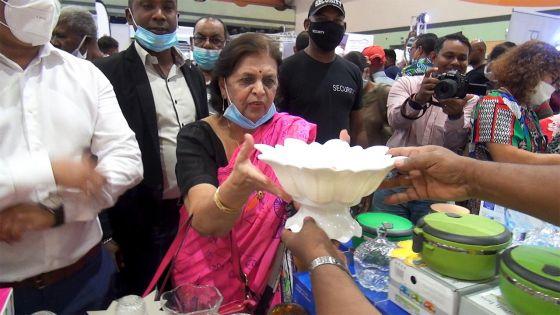 Lady Sarojini Jugnauth : « J'invite tous les mauriciens à venir profiter de l'entrée gratuite et des offres exceptionnelles »