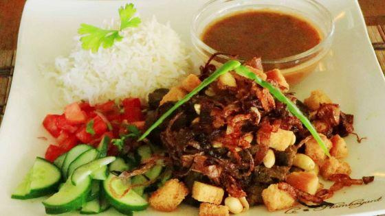 Dry curry l'un des spécialité de Andrea Lodge