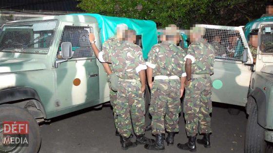 En poste à Rodrigues : un groupe de policiers dit toujours attendre leur relève