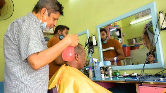 BHAI MAMADE COIFFEUR: Quand peignes et ciseaux font la paire
