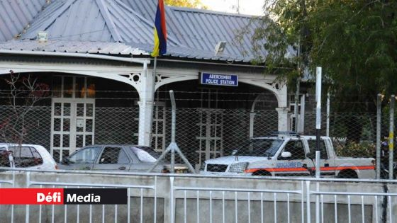 Cocktail Molotov lancé en direction du poste de police d'Abercrombie : deux autres mineurs arrêtés