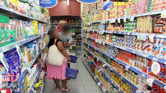 Réouverture : les supermarchés s'organisent en prévision de mercredi