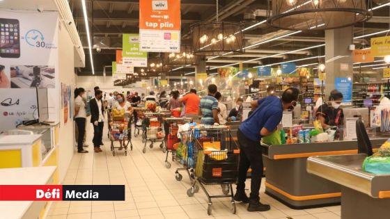 Supermarchés et commerces : l'accès par ordre alphabétique levé ; port du masque obligatoire