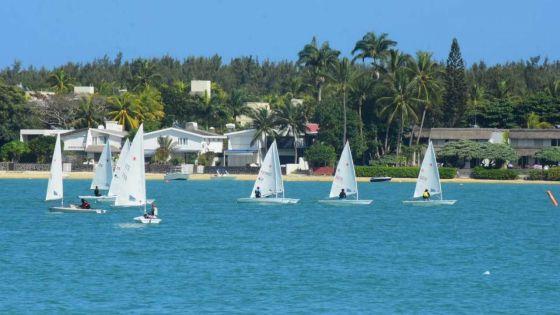 [Images] JIOI - Voile, Laser 4.7 : les Mauriciens en tête du classement provisoire chez les femmes et les hommes